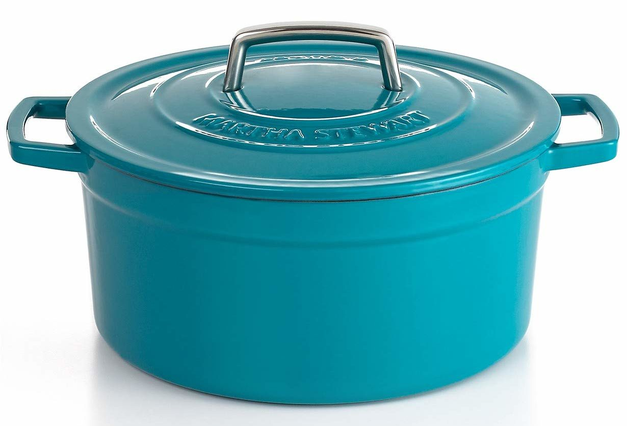 Martha Stewart Dutch Oven Review - Is It Worth A Buy?